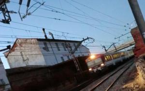 tren acercándose