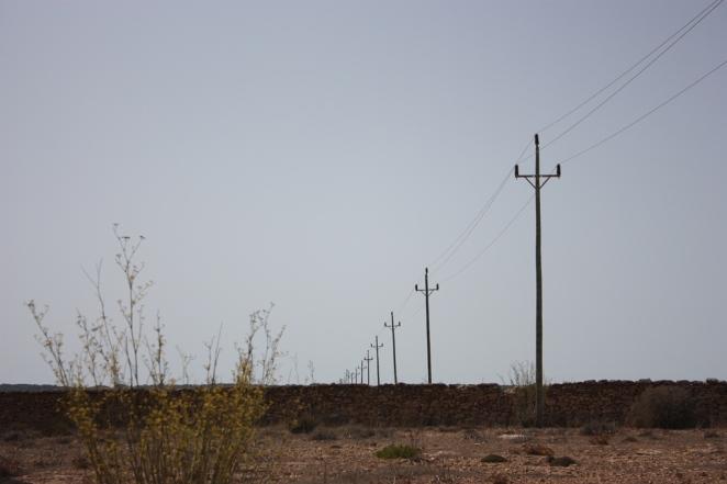 Las líneas de los cables marcan una de las posibles direcciones del viaje. LeleSorribas2012 Formentera